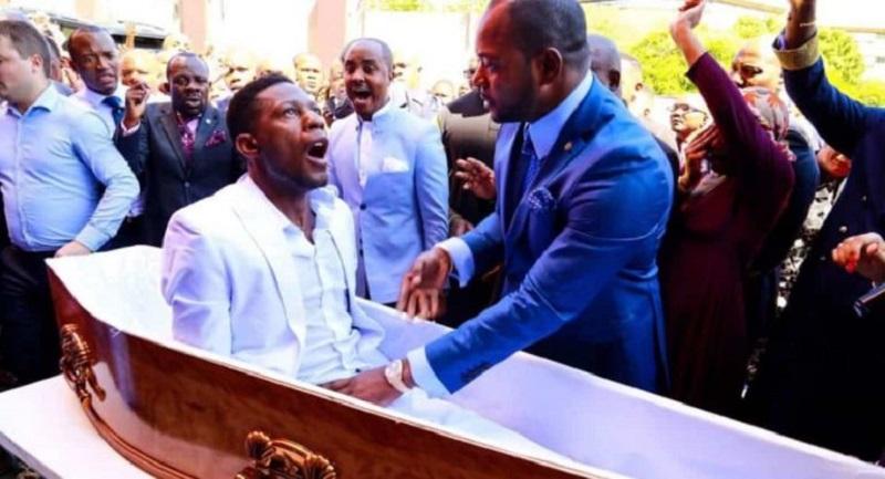 Pastor que fingió resucitar a un muerto es procesado por funerarias