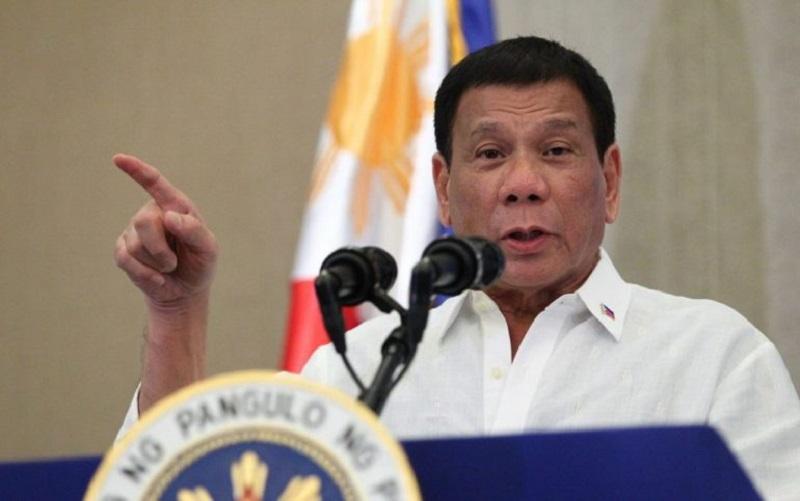"""Rodrigo Duterte: Iglesia Católica es """"la institución más hipócrita"""" del mundo"""
